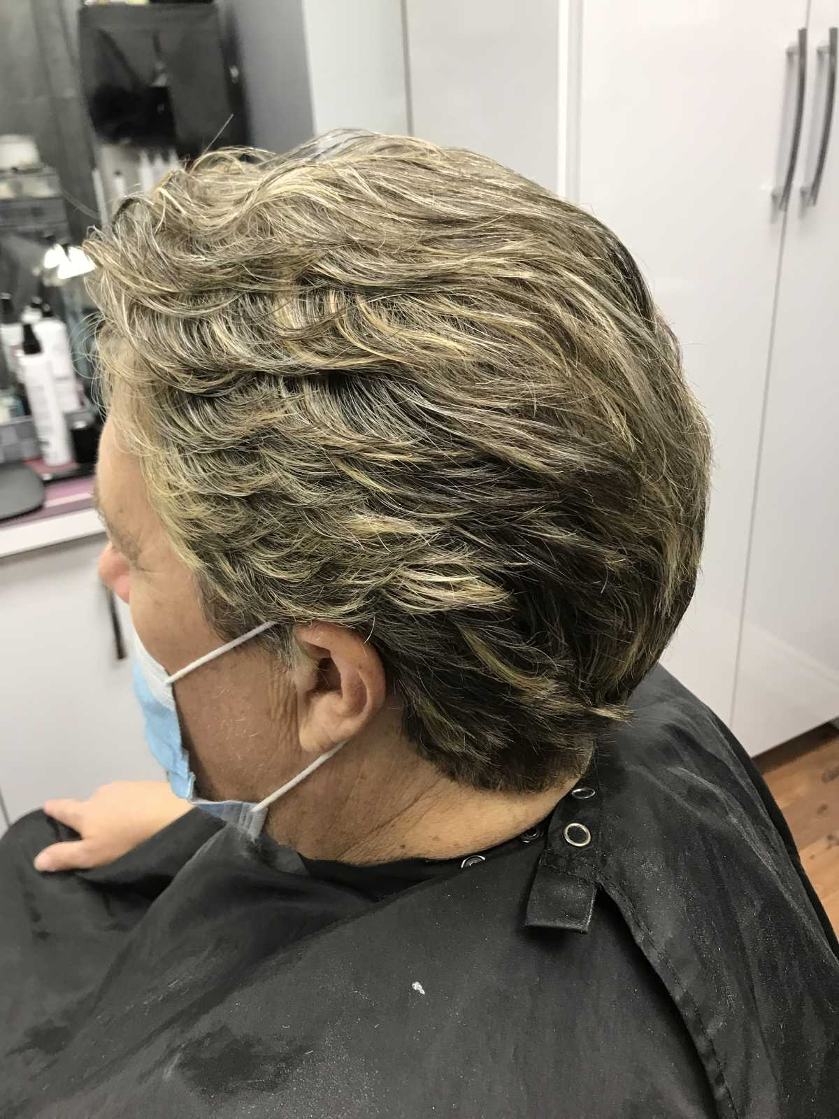 side view of men hair